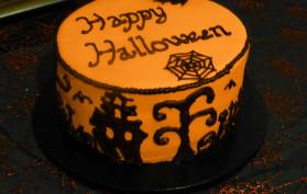 Halloween Sandwich Cake