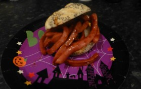 Slimy worms in a bun