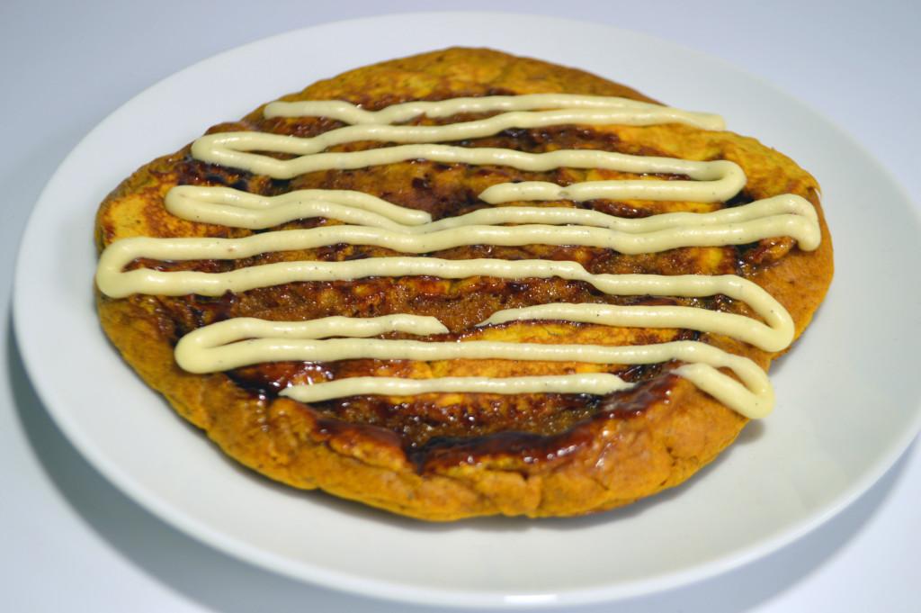 Cinnamon Roll Pumpkin Pancakes | Mutherfudger |